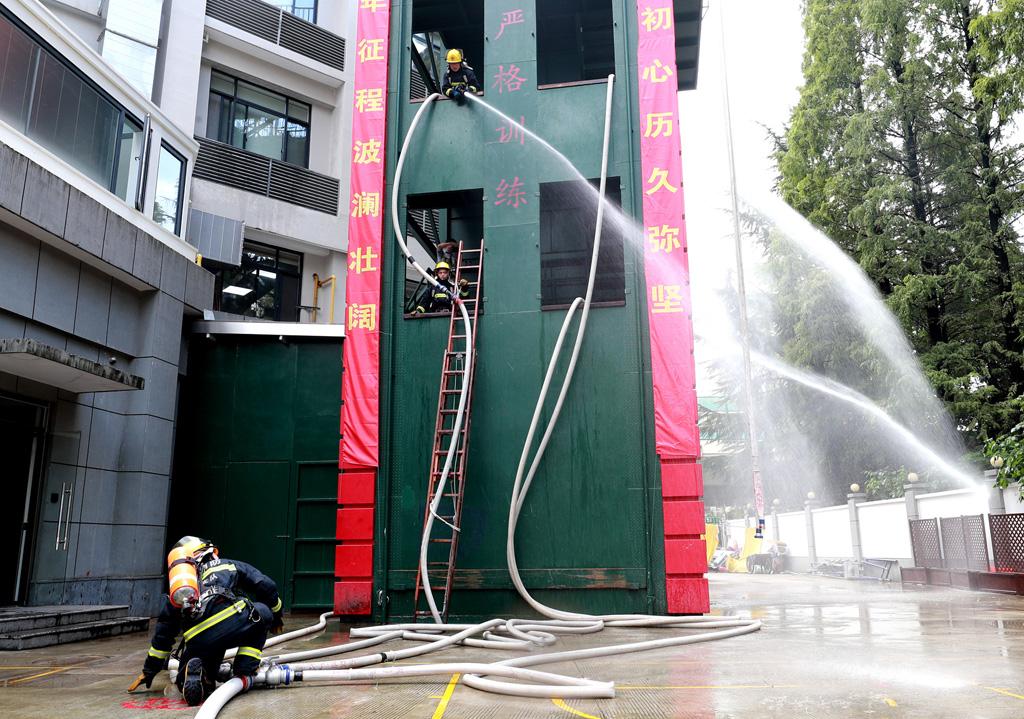 上海长宁:消防全员岗位大练兵